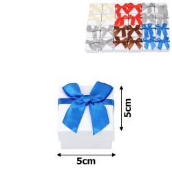 подарочная коробочка для кольца белая с бантиком 15537 1