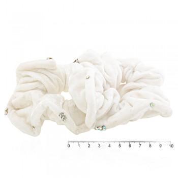 резинка для волос велюровая белая со стразами 5055 - бижутерия оптом Arkos.